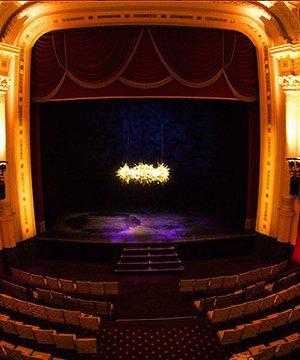 Mutlaka izlemeniz gereken tiyatro oyunları tiyatro 1