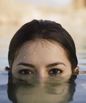 Suya dayanıklı makyaj su gecirmez makyaj 1