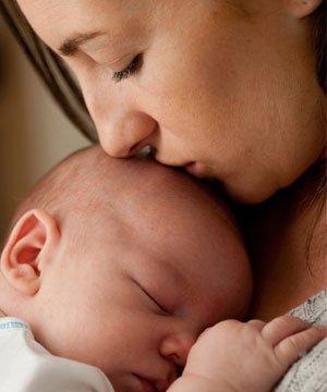 Yenidoğan bebeklerde uyku sorunu yenidogan bebek 1 2