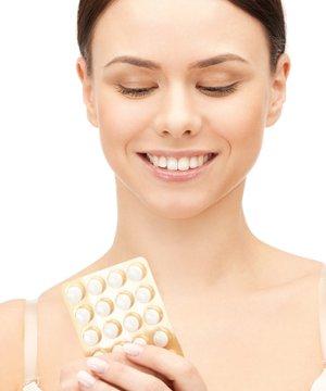 Adet geciktirici ilaç nasıl kullanılır? shutterstock ilac adet 1