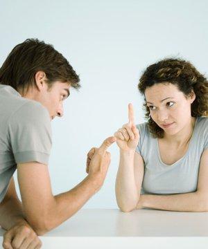 İlişkide kaçınılması gereken 5 tartışma konusu tartisma 1