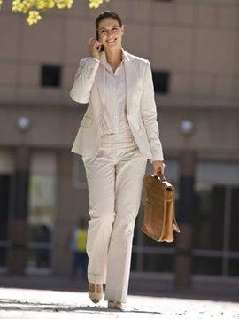 Çalışan kadın nasıl giyinmeli? business clothes for 1