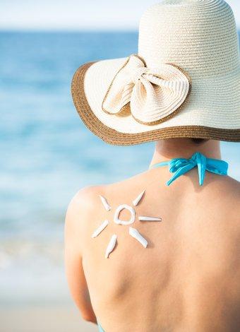 En iyi güneş kremleri (2015) sunscreen beach gunes 1