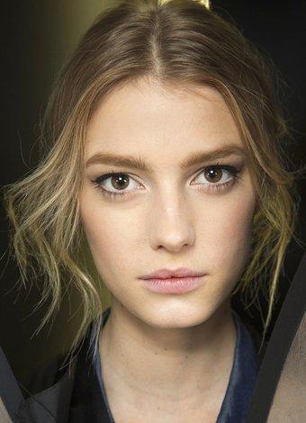 2014 MFW makyaj ve saç detayları dolce gabbana makyaj 1