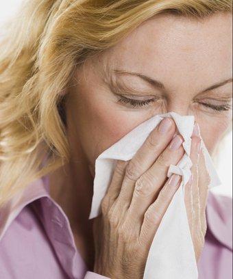Gripten korunmak için sağlıklı beslenin kadin hasta nezle 1