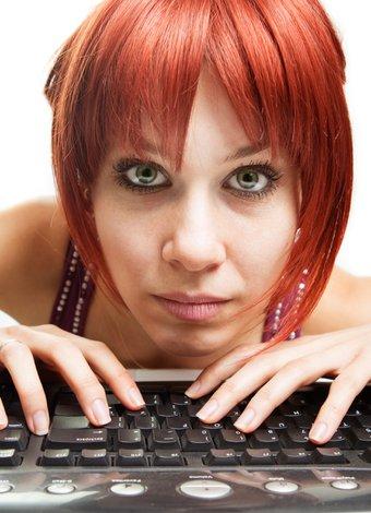Sosyal medya bağımlılığından kurtulmak mümkün mü? bilgisayar internet sosyal 1