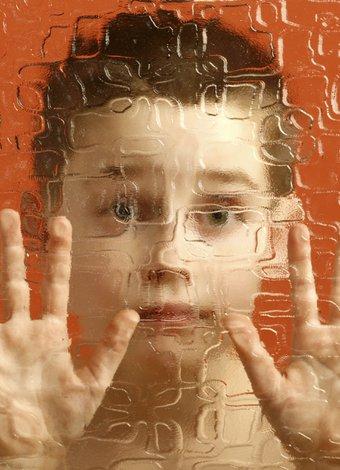 Çocuğun otistik olduğu nasıl anlaşılır? otistik cocuk otizm 1