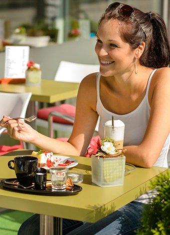 İstediğiniz erkeği elde etmenin yolları restoran kafe flort 1