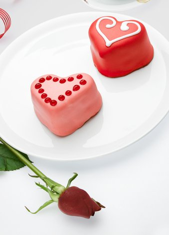 Sevgililer günü için özel hediye seçenekleri (2015) sevgililer gunu pastasi 1