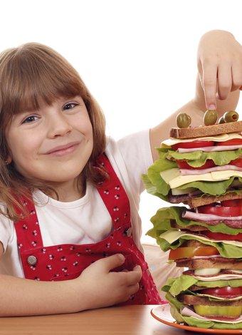 Okul çocuklarını obeziteden korumak için 10 altın kural cocuk yemek beslenme 1