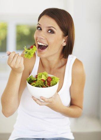 K vitamini hakkında bilmeniz gereken 7 önemli bilgi diyet beslenme salata 3