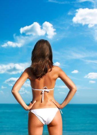 Bikiniyle daha ince görünmenin sırları yaz popo gunes 1