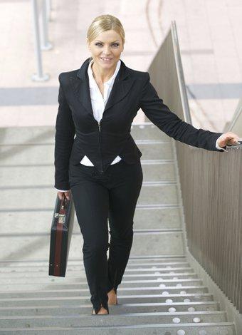 İşyerinde mutlu olabilmek için 7 öneri ofis merdiven is 1