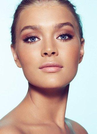 Görünüşünüzü 1 dakikada değiştirecek 5 güzellik önerisi goz makyaji far 1
