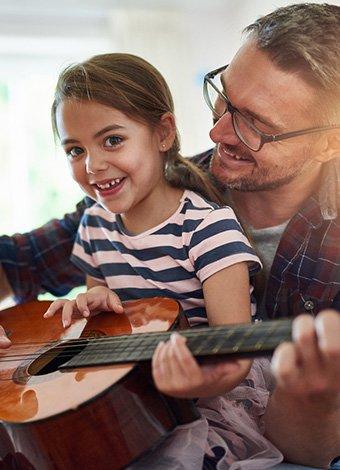 Başarılı çocukların ebeveynlerinin yaptığı 8 ortak şey Düzenli sorumluluklar vermek