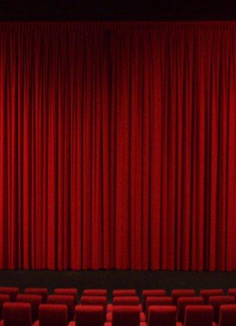 Bu sezonun en iyi tiyatro oyunları (2013) tiyatro sahne perde 1
