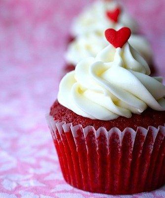 Sevgililer günü için özel hediye seçenekleri (2013) cupcake tatli kalp 3