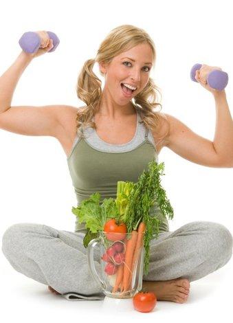 Günlük detoks etkisi yaratan besinler detoks saglik spor 1