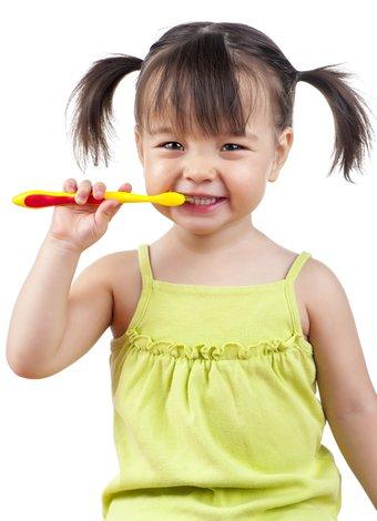 Çocuklarda süt dişleri zannedilenden daha önemli cocuk sut disi 1