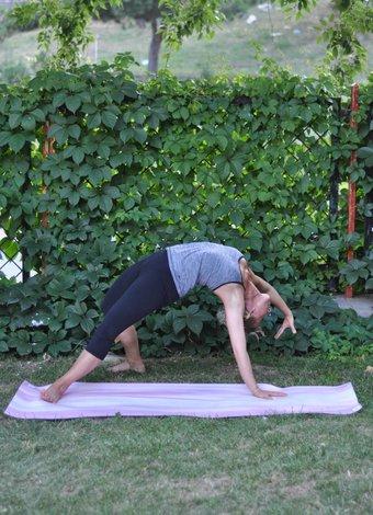 10 temel yoga hareketi 1