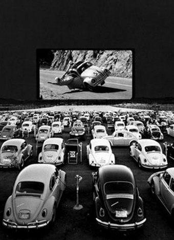 Yıldızların altında film keyfi için açık hava sinemaları 1