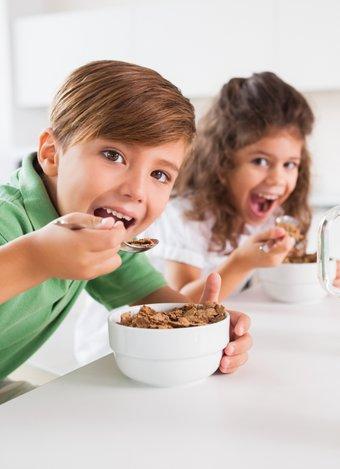 İştahsız çocuklar için neler yapmalı? cocuk kahvalti beslenme 1