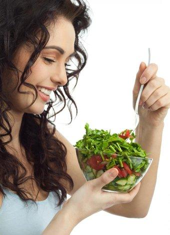 Hızlı ve sağlıklı kilo vermek için 40 öneri diyet salata 1