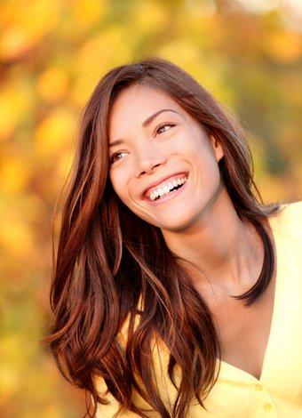 Daha mutlu ve sağlıklı olmanın 5 yolu mutlu kadin 1