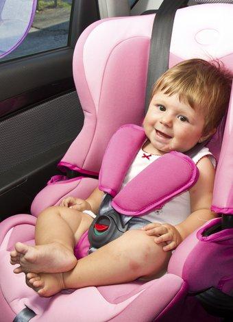Bebekle otomobil yolculuğunu mutlu geçirme tüyoları bebek otomobil koltugu 1