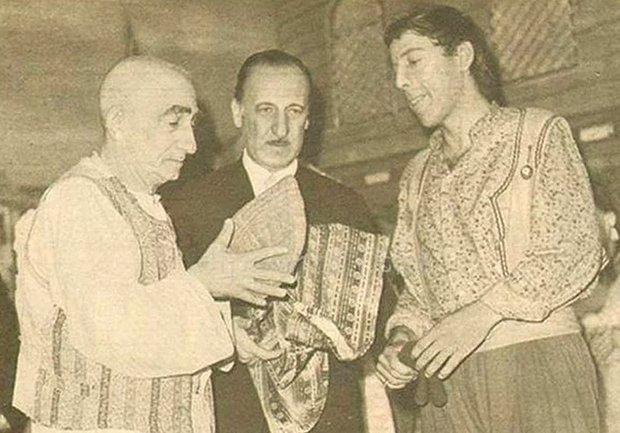 İsmail Dümbüllü - Münir Özkul - Meddah