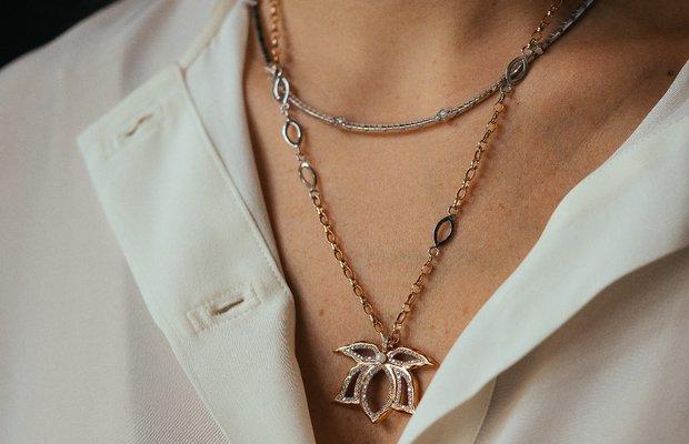 Padme pırlanta taşlı lotus çiçeği