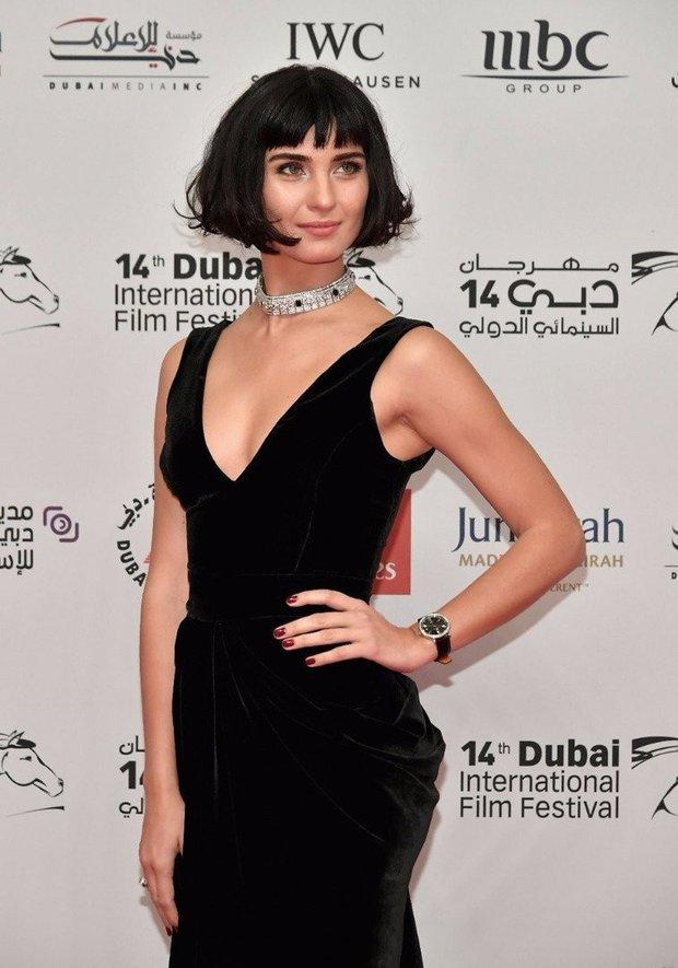 Tuba Büyüküstün - Dubai 2017