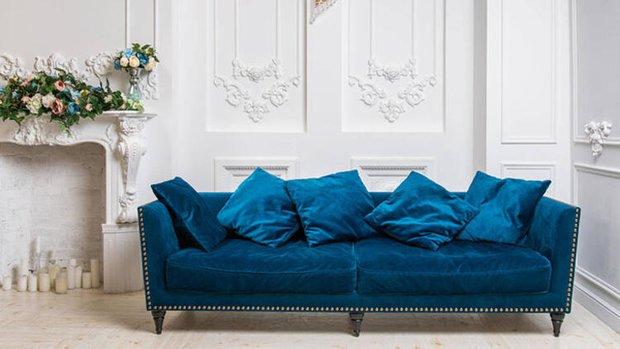 Klasik mavi koltuk