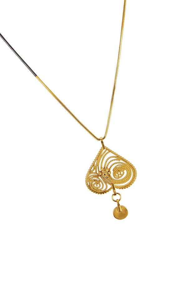 Monapetra altın kolye