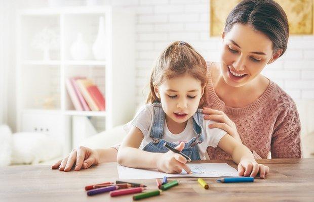 Mutlu çocuk yetiştirmek isteyen ebeveynlerin yaptığı hatalar