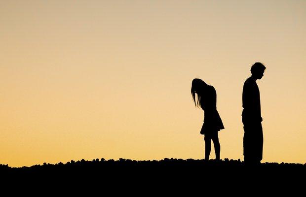 Duygusal olarak ulaşılmaz bir erkekle mi birliktesiniz? 4