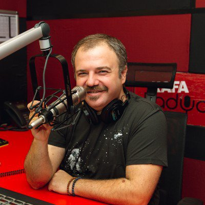 Radyo Programcısı Nihat Sırdar
