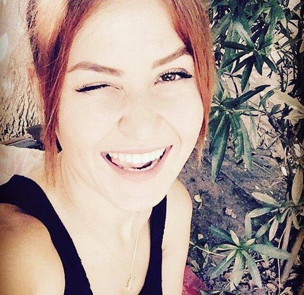 Bugün kendin için gülümse