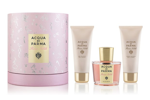 ROSA NOBILE SET  - 100 ml EDP+75ml duş jeli +75ml krem: 1.170 TL