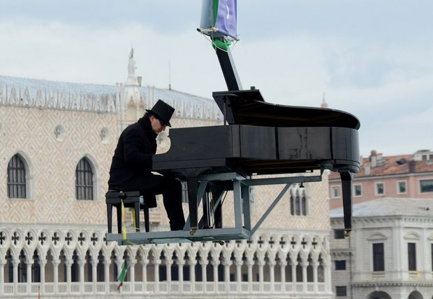Venedik Karnavalı'nda Paolo Zanarella