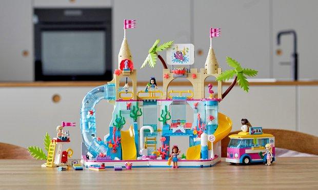 LEGO® Friends Yaz Eğlencesi Su Parkı (41430)