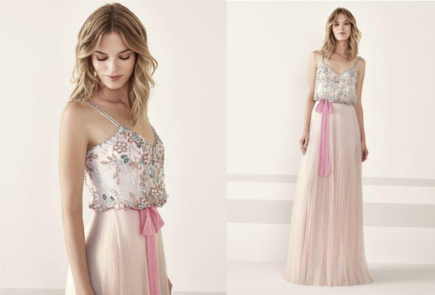 Pronovias Koktely Koleksiyonu pudra rengi çiçek işlemeli tül etekli elbise