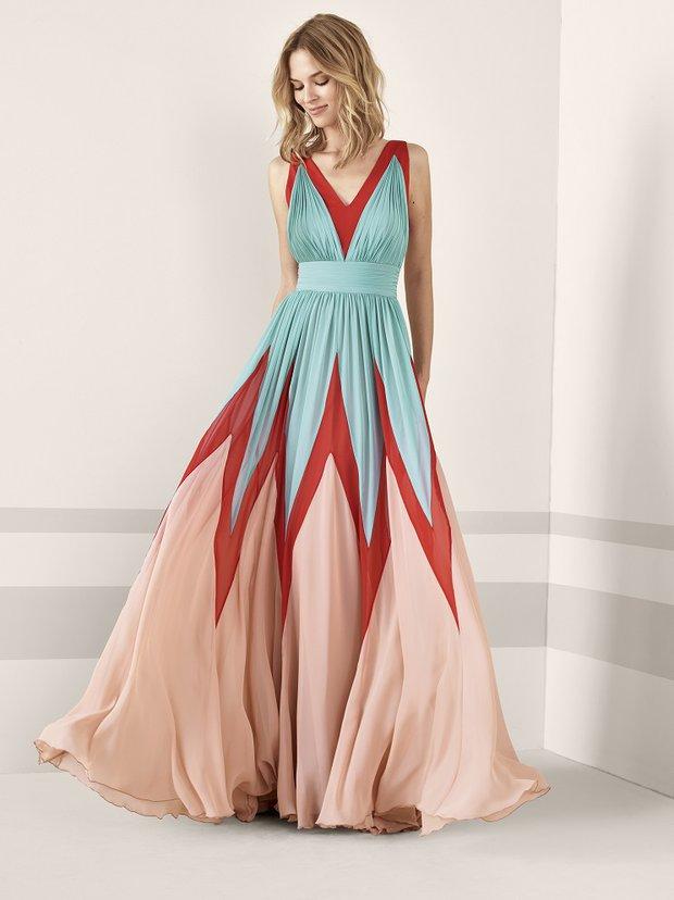 Pronovias 2019 kokteyl koleksiyonu geometrik desenli elbise