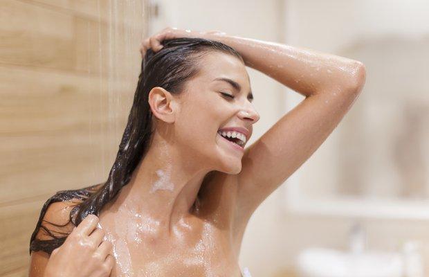 Sıcak suyla mı, soğuk suyla mı yıkanmak doğru?