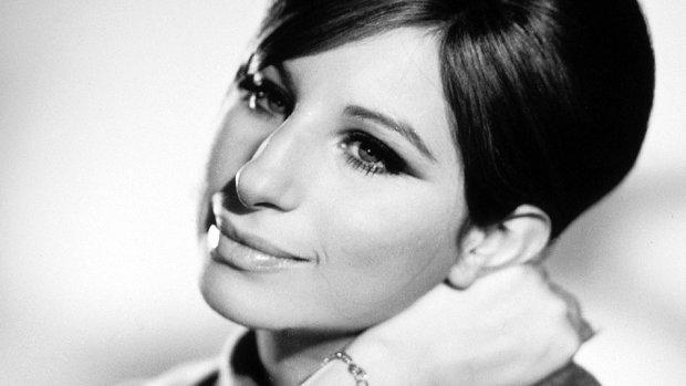 Eğri burun tipi ile Barbra Streisand