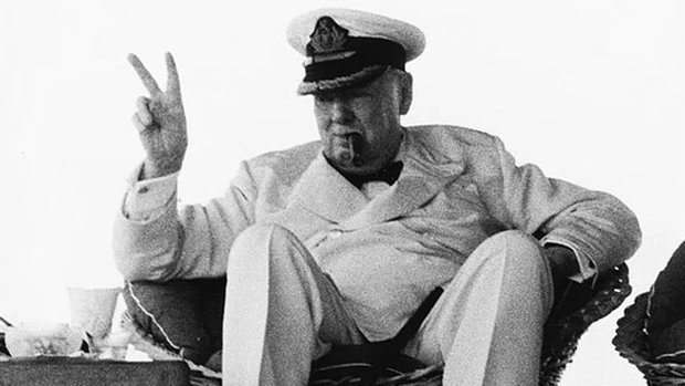 Dönemin İngiliz devlet adamı: Winston Churchill...