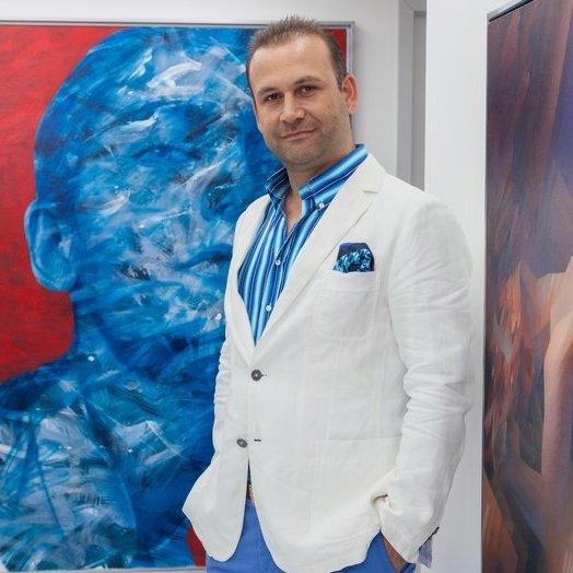 Estetik ve Plastik Cerrahi Uzmanı Op. Dr. Arif Eroğlu