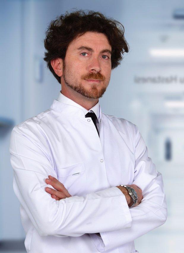 KBB Uzmanı Op. Dr. Ayhan Dağaşan