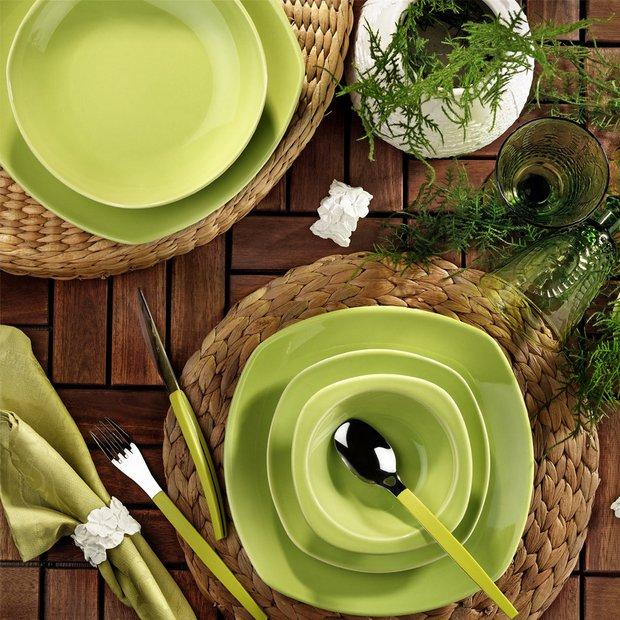 Yeşil yemek takımı