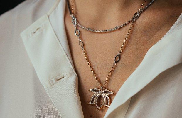 2020 padme designs lotus cicegi pirlanta kolye 8034